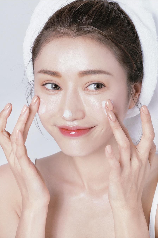 các bước skincare cho da mụn hình 1